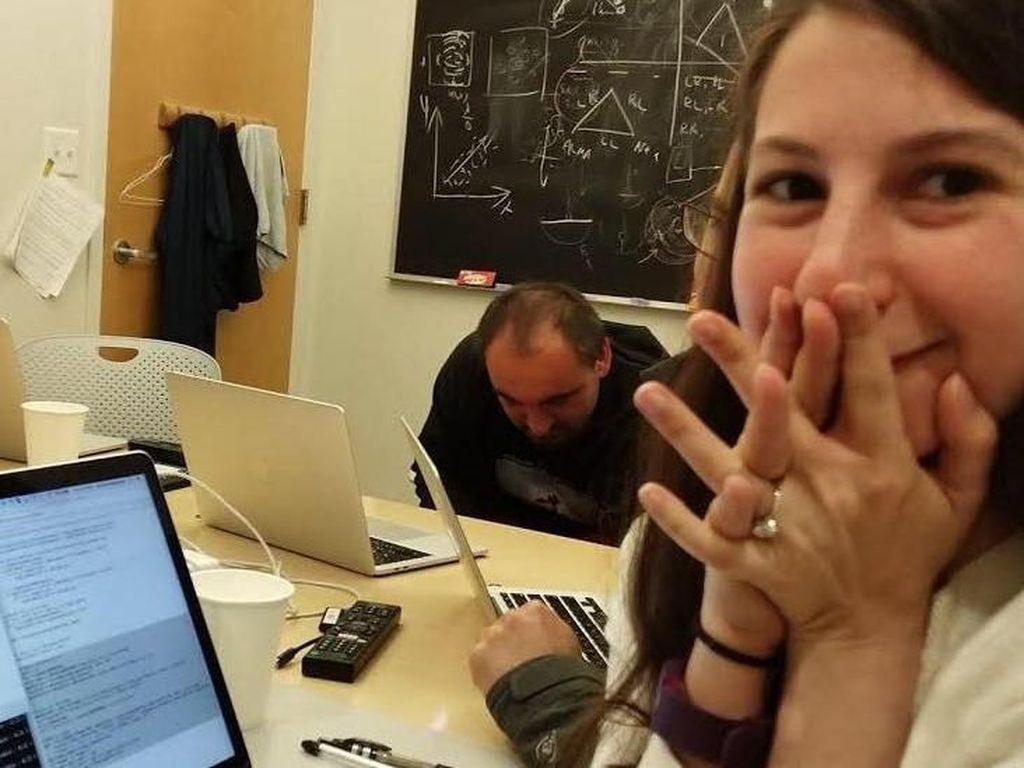 Mengenal Katie Bouman, Ilmuwan Muda di Balik Foto Pertama Lubang Hitam