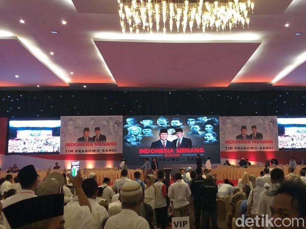 Video Prabowo Sambut Hangat Gatot Nurmantyo di Pidato Kebangsaan