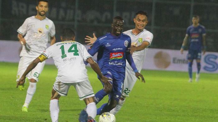 Persebaya Surabaya kalah 0-2 dari Arema FC di leg kedua final Piala Presiden 2019. (Foto: Ari Bowo Sucipto/Antara)