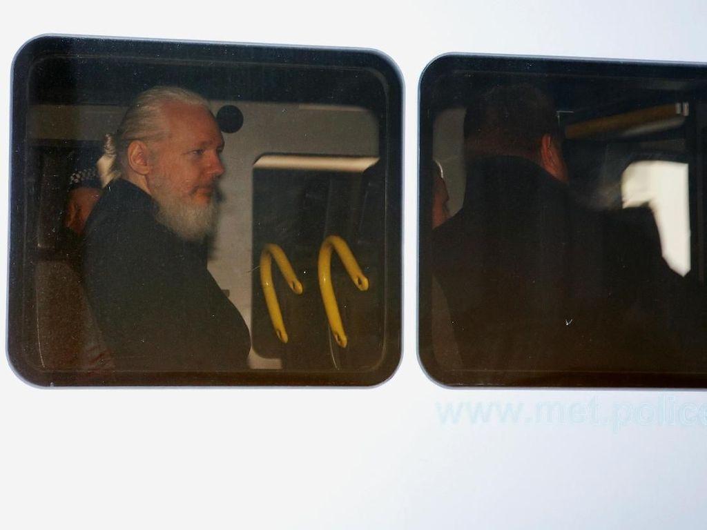 Kaki Tangan Julian Assange Ditangkap Saat Hendak Kabur dari Ekuador
