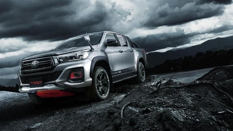 Pikap Sangar, Toyota Hilux Black Rally Edition