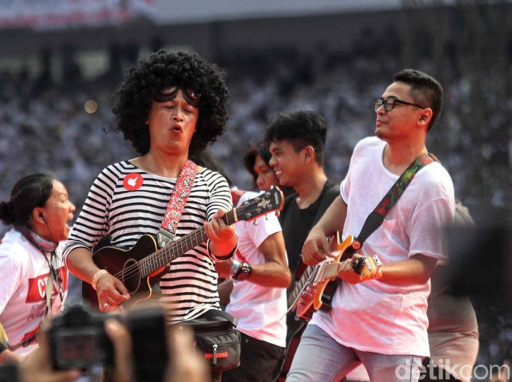 100 Gitaris Unjuk Gigi di Konser Putih Bersatu