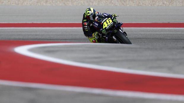 Pesaing Merasa Rossi Bakal Bertahan Lebih Lama di MotoGP