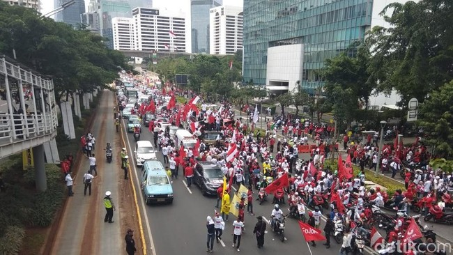 Fadli Zon Klaim Kampanye Akbar Prabowo Sulit Ditandingi Jokowi