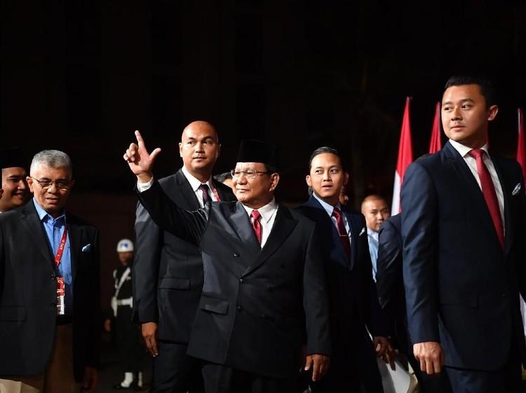 Tiba di Lokasi Debat, Prabowo: Alhamdulillah Kita Siap!
