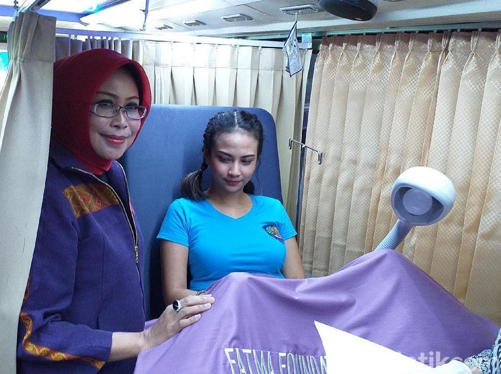 Vanessa Angel Jalani Pap Smear di Rutan Medaeng