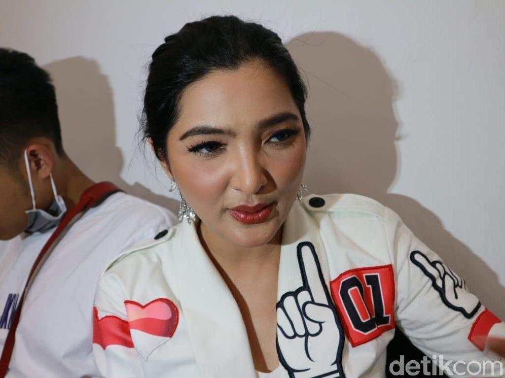 Tampil di Acara Sandiaga dan Jokowi, Ashanty Dukung Siapa?