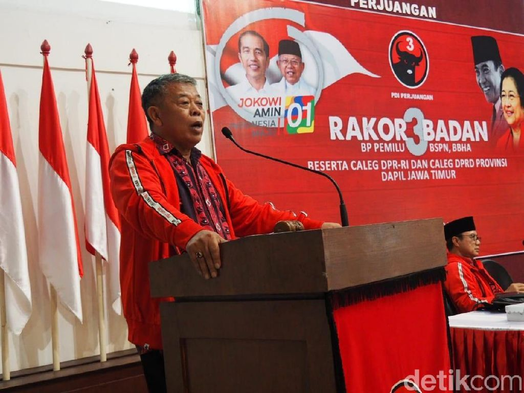 PDIP Jatim Instruksikan Bekas Alat Peraga Kampanye Didaur Ulang