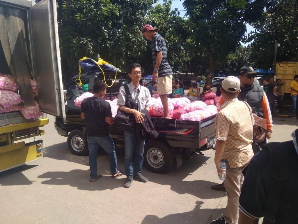 Ada Operasi Pasar, Bawang Dijual Rp 18.000/Kg di Pasar Kramat Jati
