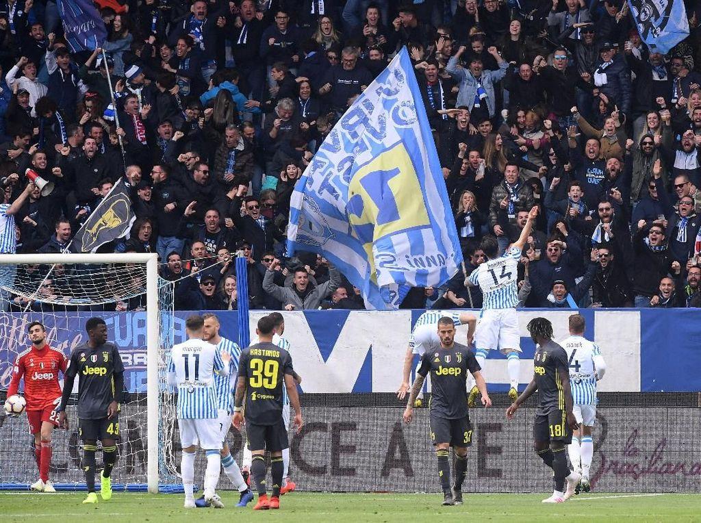 Dikalahkan SPAL, Pesta Juara Juventus Tertunda