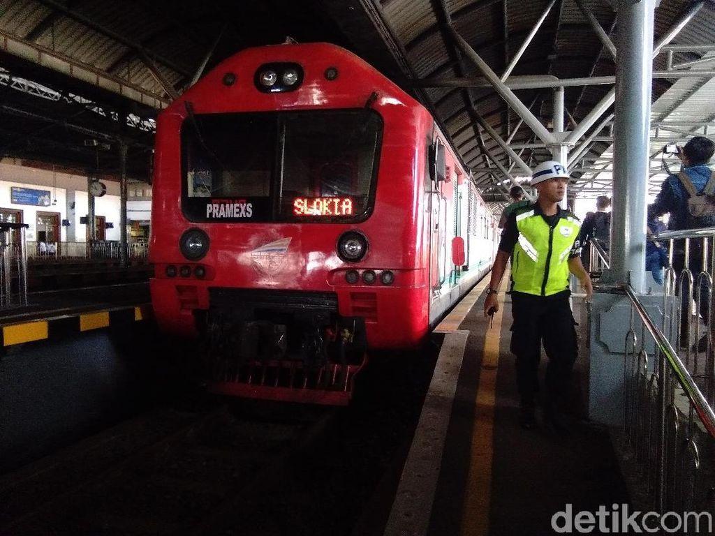 Tiket KA Lokal Gratis Slot Siang di Stasiun Yogya Ludes