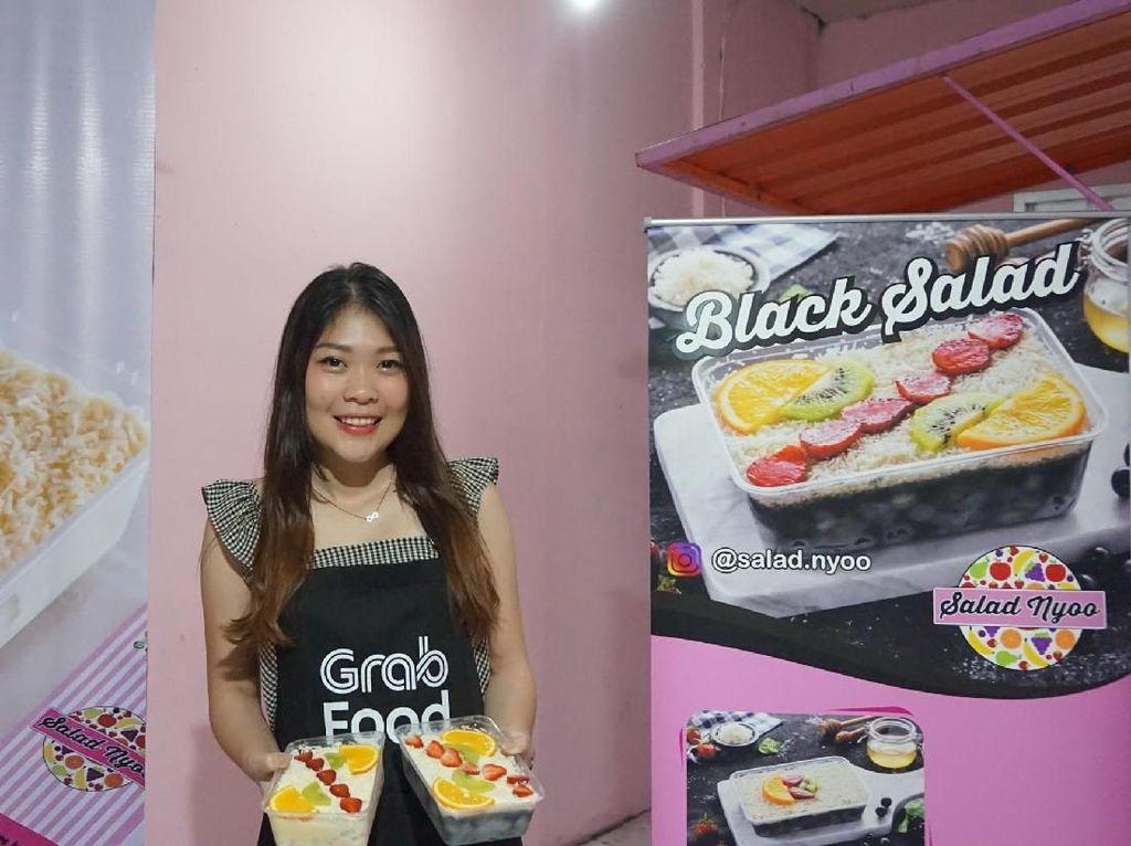 Manisnya Black Salad Racikan Yolanda yang Lumeri Seluruh Yogya