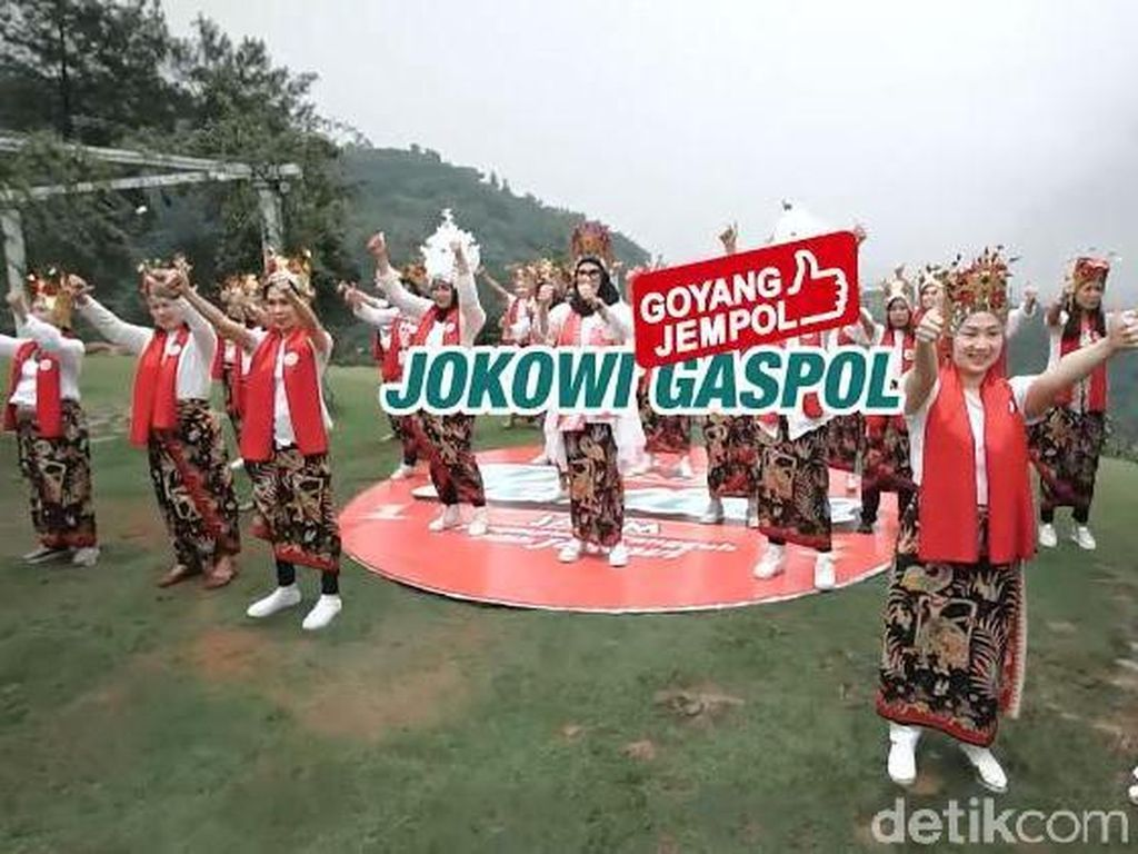 Pertiwi Jatim Angkat Budaya Lokal  dengan Goyang Jempol Jokowi Gaspol