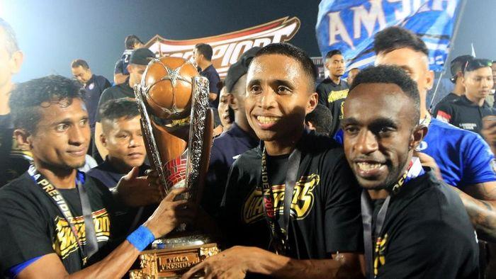 Arema FC juara Piala Presiden 2019 usai mengalahkan Persebaya Surabaya (ANTARA FOTO/Budi Candra Setya)