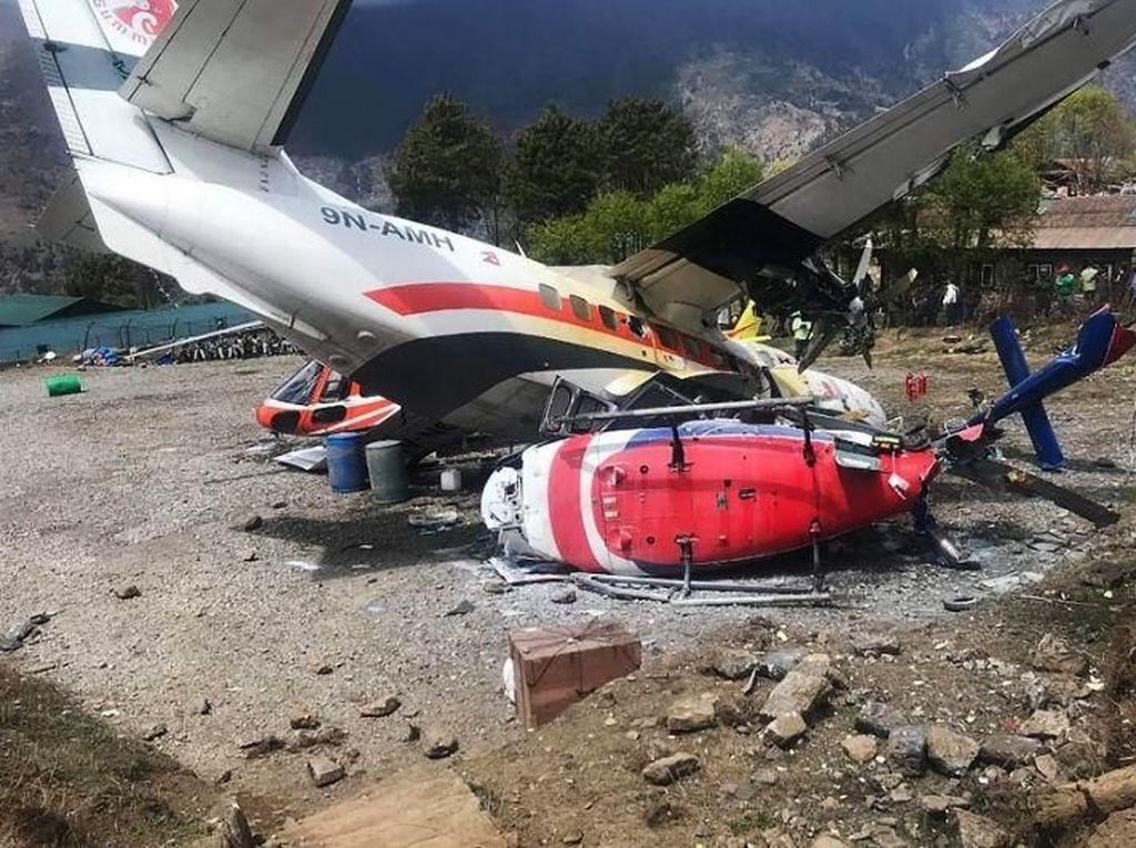 Pesawat Tabrak 2 Helikopter di Bandara Dekat Everest, 3 Orang Tewas