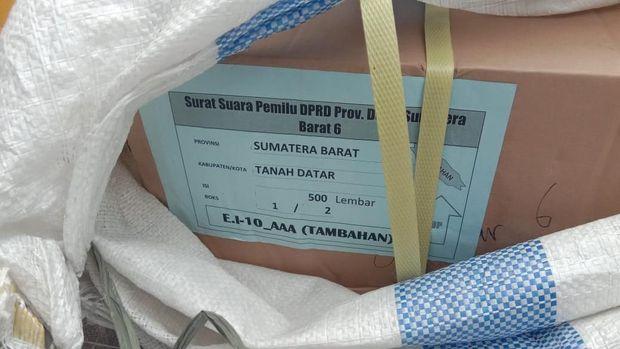 Satu Koli Surat Suara Asal Sumbar Tercecer di Riau