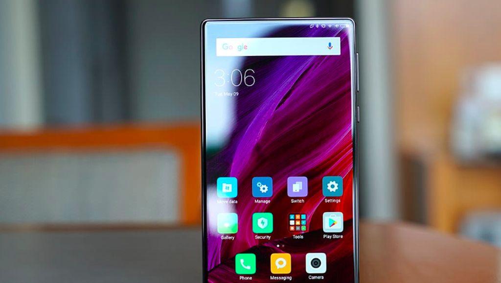 Nostalgia Xiaomi Mi Mix Generasi Pertama: Aneh Tapi Gahar