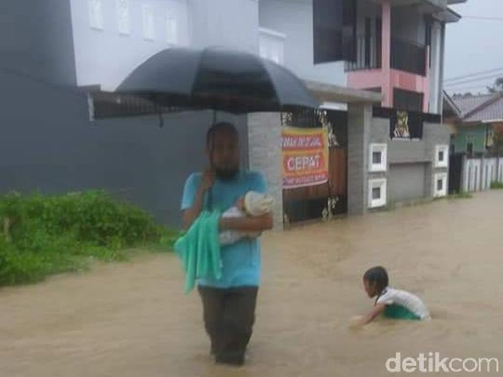 Kendari Banjir, Air Masuk ke Rumah Warga