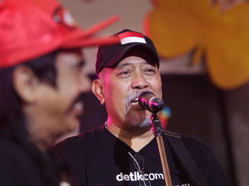 OM PMR dan Indro Warkop Kocok Perut Jemaah dHOT Music Mantap Memilih