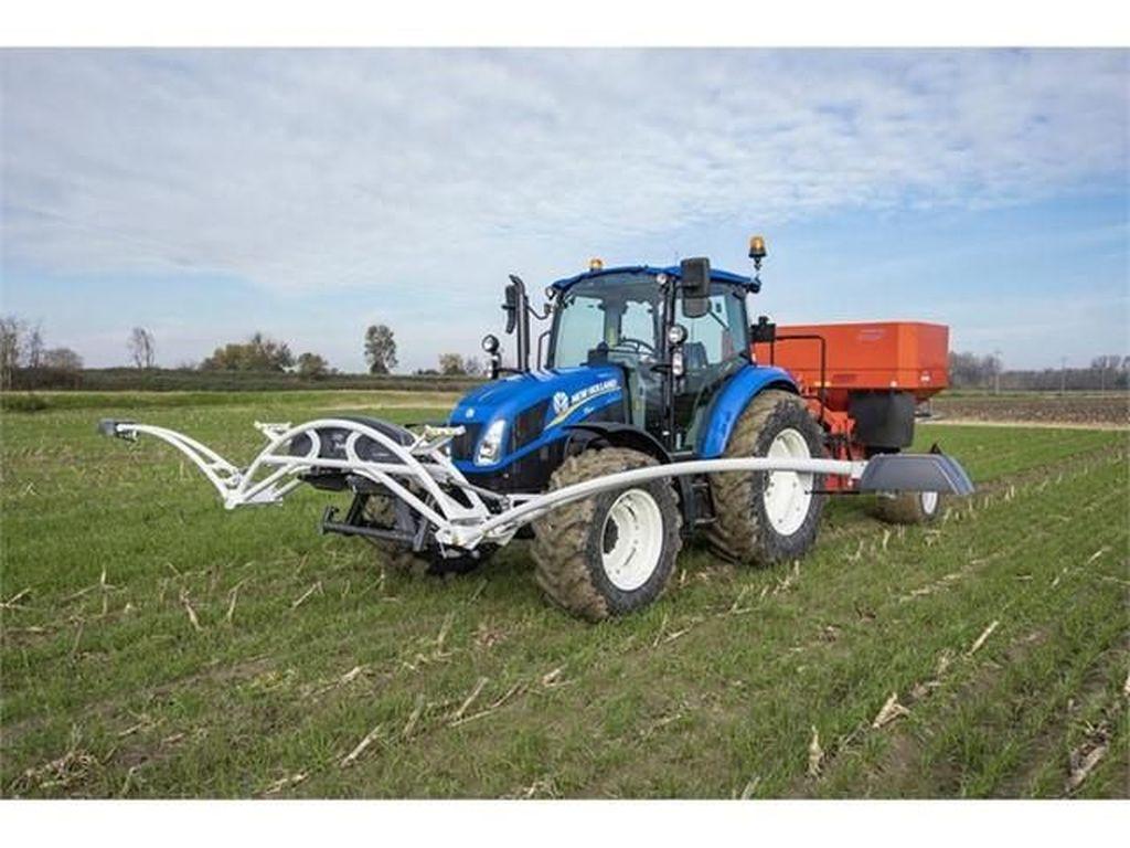 Pakai Traktor Ini Bikin Nggak Boros Pupuk