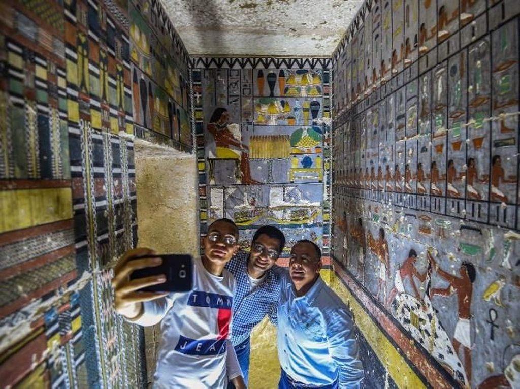Melihat Bagian Dalam Makam 4 Ribu Tahun di Mesir, Ada Gambar Pemiliknya