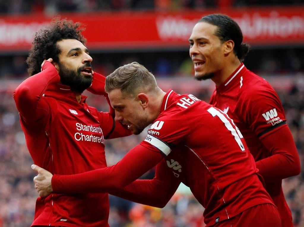 Mane dan Salah Jaga Kans Juara Liverpool
