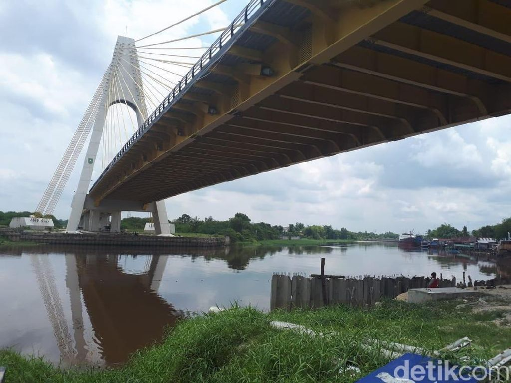 Ini Penampakan Jembatan Siak IV Riau yang Baut dan Kabelnya Dicuri