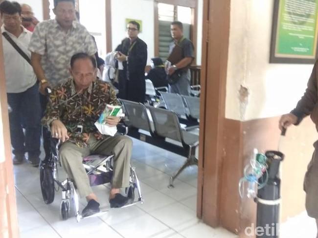 Sakit Jantung, Terpidana Korupsi Eks Walkot Cimahi Itoc Tochija Wafat