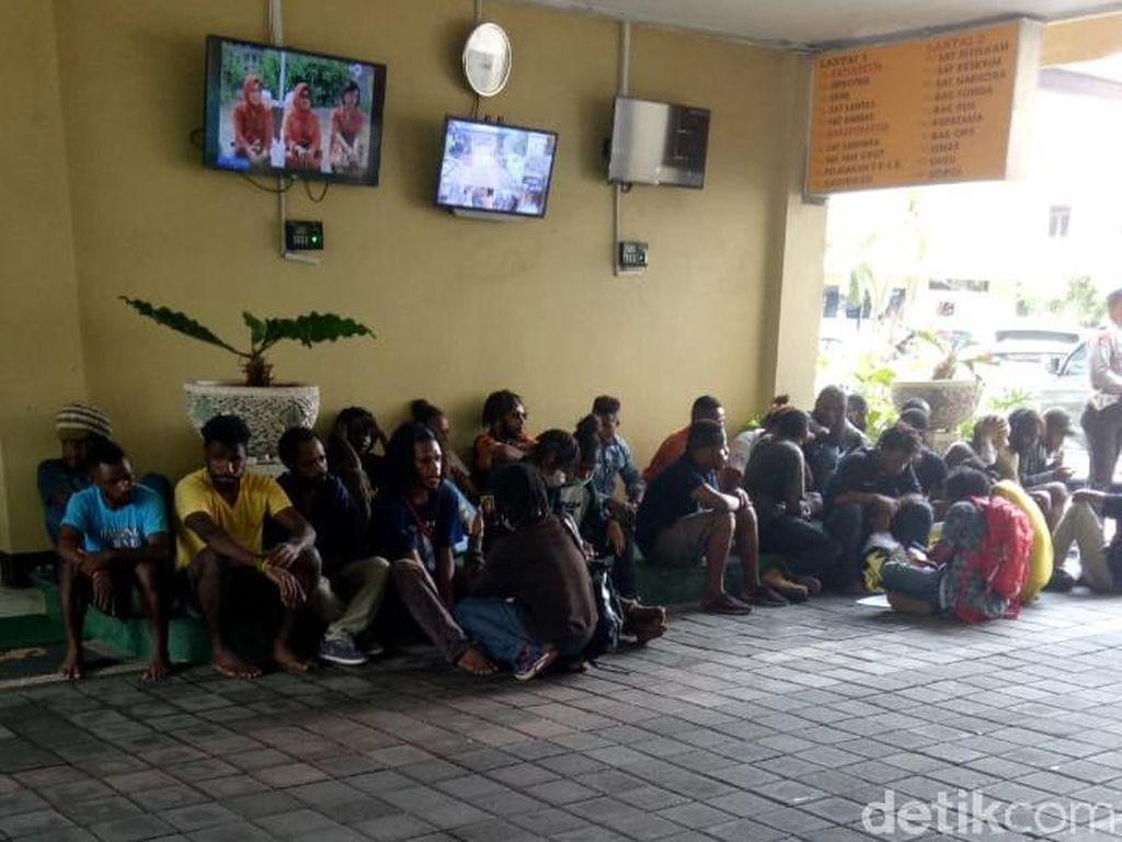 Demo Tolak Pilpres 2019, Sejumlah Mahasiswa Diamankan Polisi