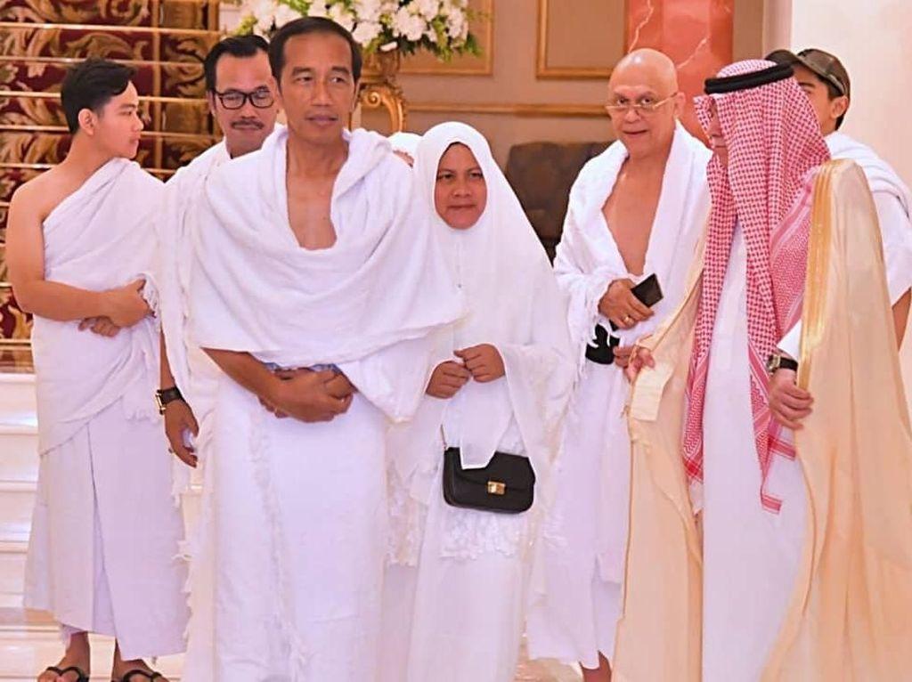 Usai Bertemu Raja Salman, Jokowi Umrah Bersama Keluarga