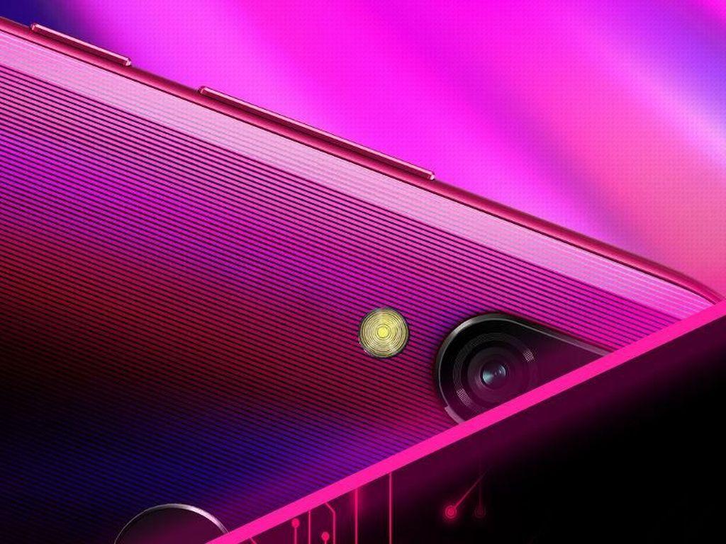 Xiaomi Siapkan Ponsel Selfie Mumpuni & Tahan Cipratan Air