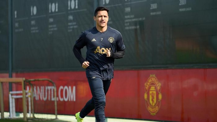 Alexis Sanchez kembali masuk skuat Manchester United. (Foto: Nathan Stirk/Getty Images)