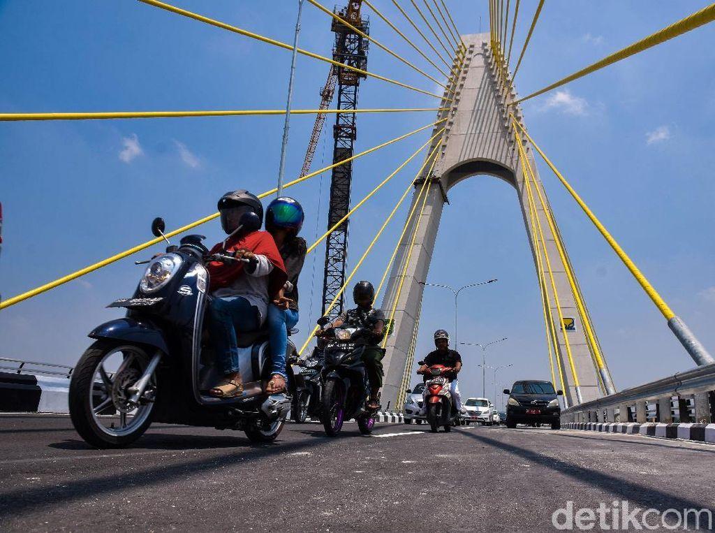 Selain Baut, Kabel Antipetir di Jembatan Siak IV Riau Juga Dicuri