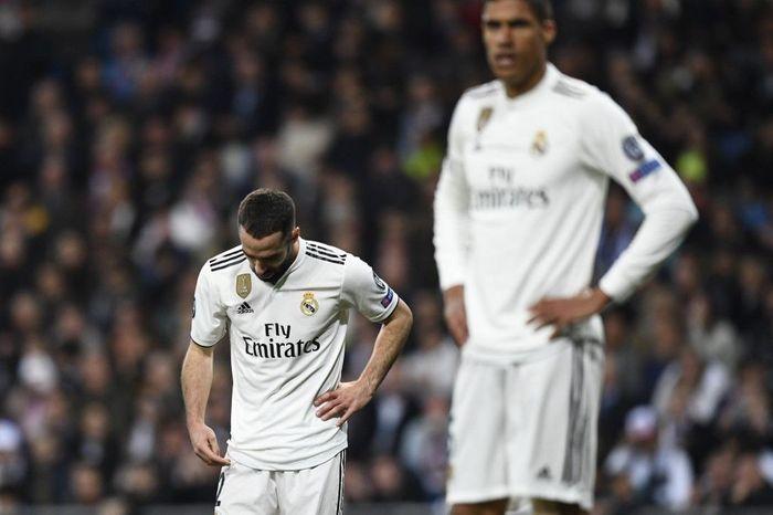 Dani Carvajal menyebut musim ini sangat buruk untuk Real Madrid. (Foto: Gabriel Bouys / AFP)