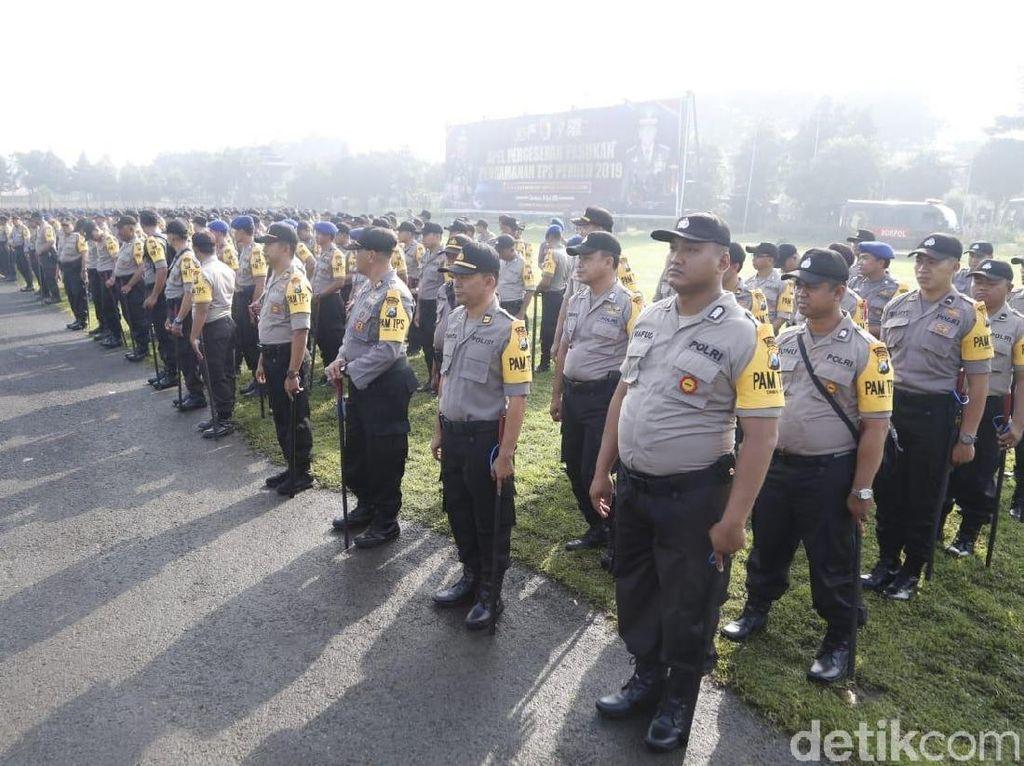 2.500 Personel Polda Jatim Amankan Peringatan Hari Buruh 1 Mei