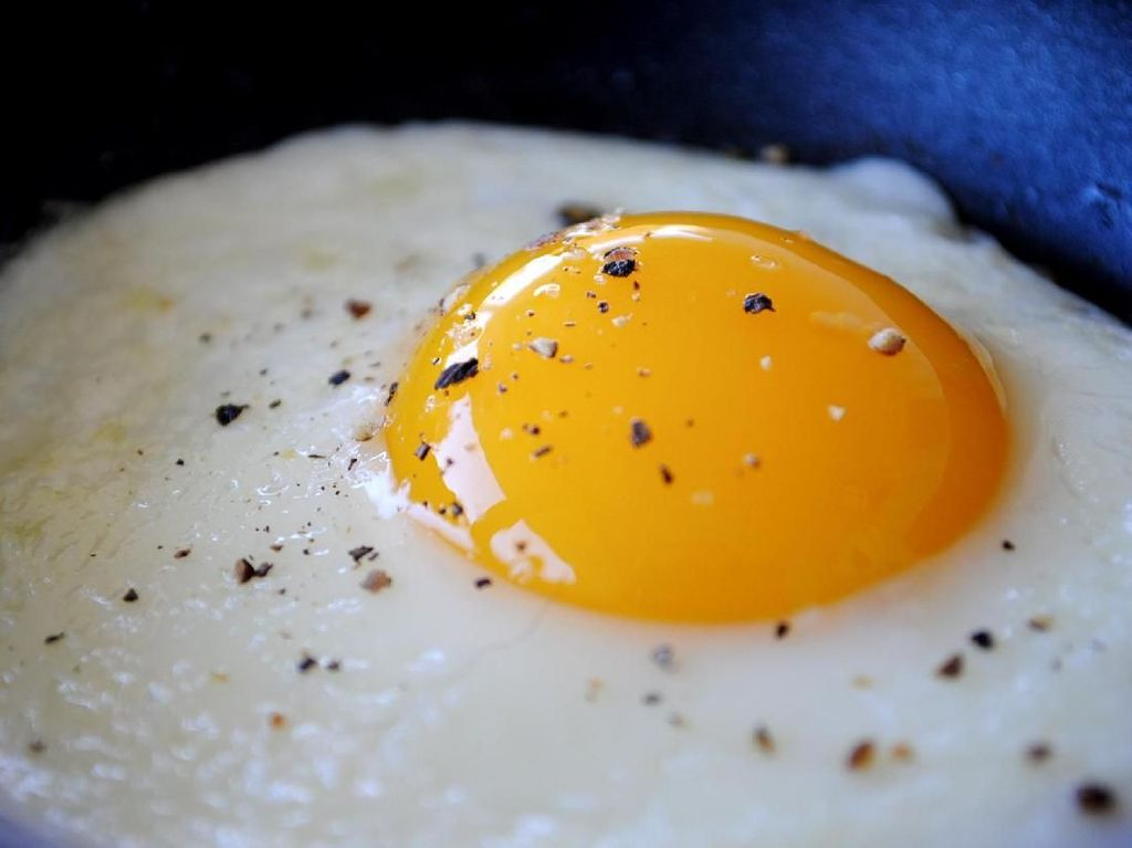 Telur Mata Sapi Lebih Enak Kalau Dibuat dengan Cara Ini