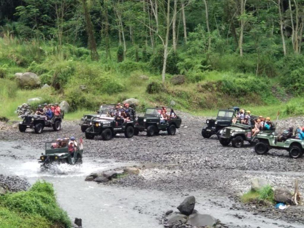 Menjelajahi Cantiknya Merapi dengan Lava Tour