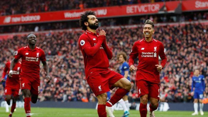 Mohamed Salah mencetak gol ke gawang Chelsea. (Foto: Phil Noble/Reuters)