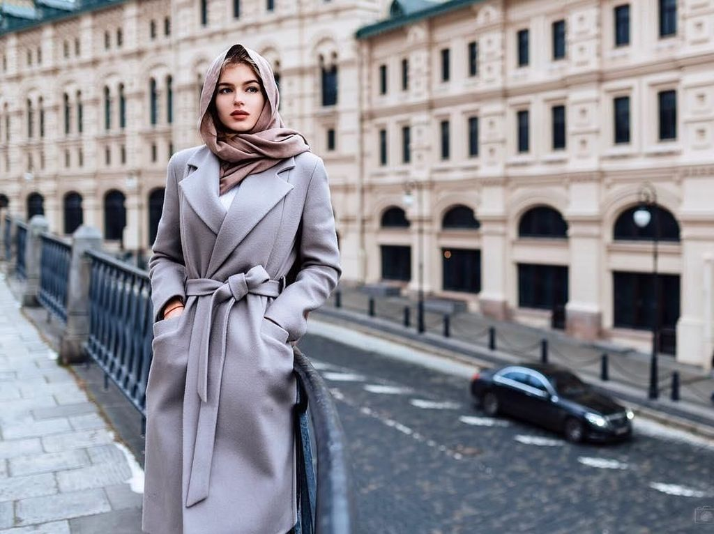 Baru Terpilih, Miss Universe Rusia Ini Pesonanya Bikin Pria Susah Kedip