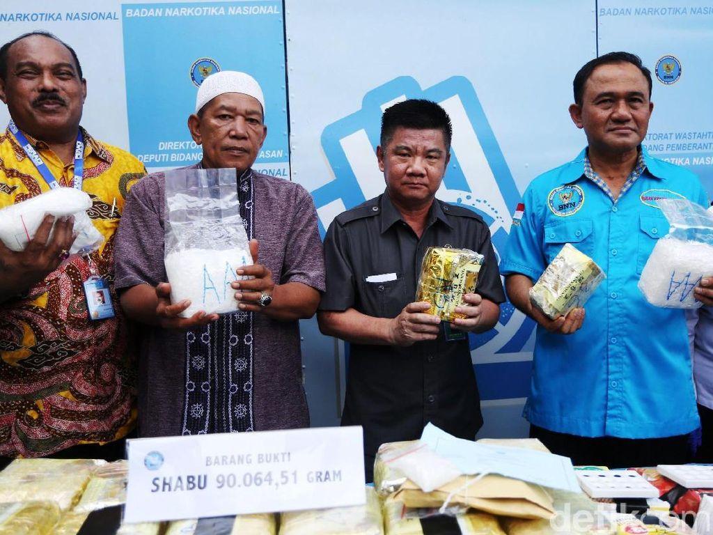 BNN Musnahkan 90 Kg Sabu dan 66.889 Butir Ekstasi