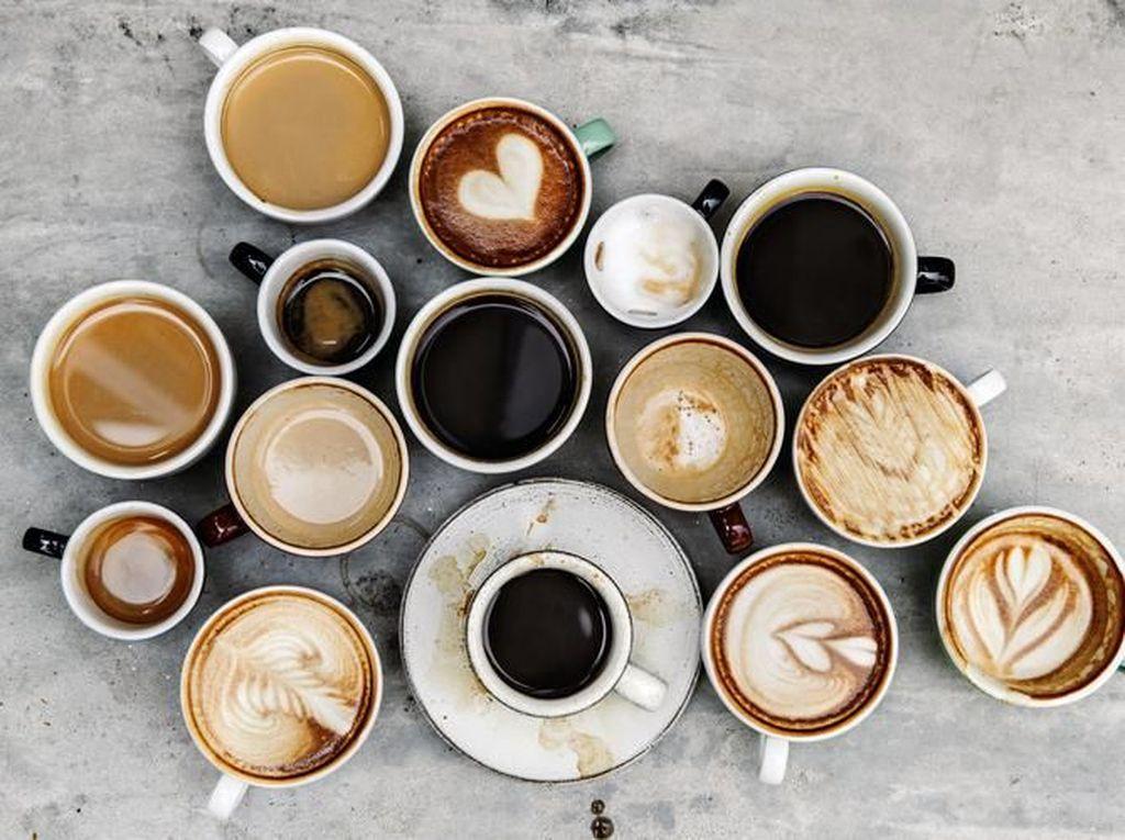 Minum Kopi dan Minuman Berenergi Saat Nyetir, Manjurkah Melawan Kantuk?
