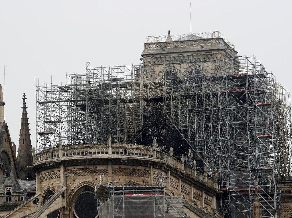 Katedral Notre Dame di Paris Terbakar, JK: Semoga Segera Rehabilitasi