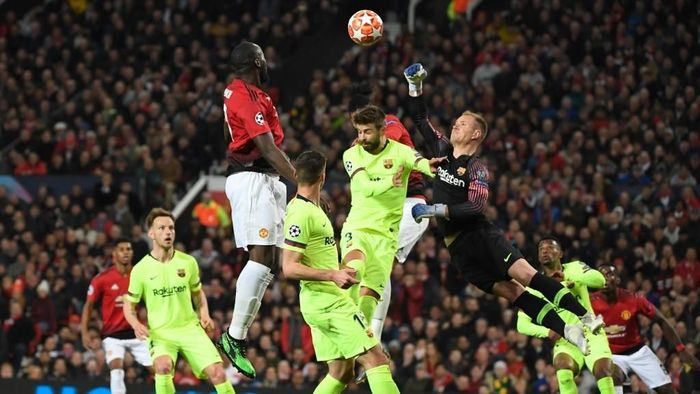 Ketangguhan Marc-Andre ter Stegen akan menjadi ujian lain bagi Manchester United. (Foto: Lluis Gene / AFP)