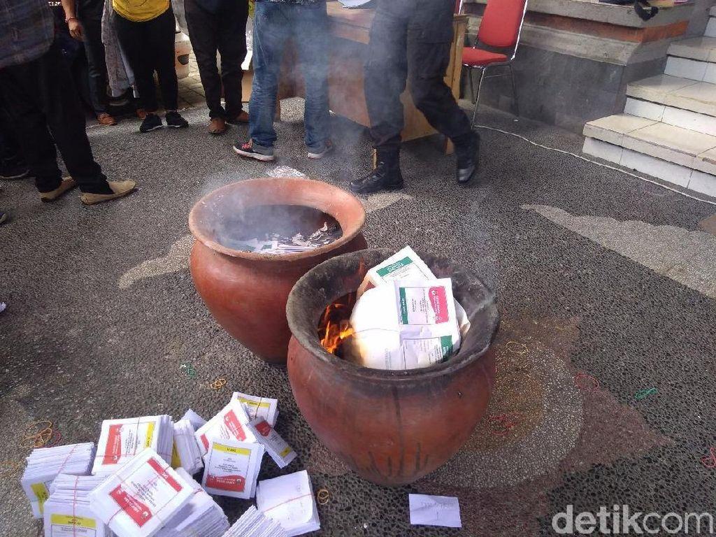 Ratusan Surat Suara Rusak Dimusnahkan KPU di Bali