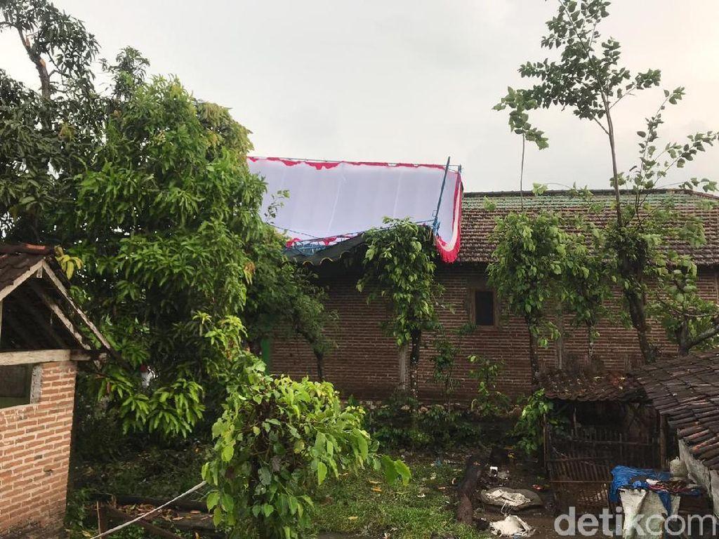 Puting Beliung Terjang Tulungagung, 3 TPS Roboh dan 6 Rumah Rusak