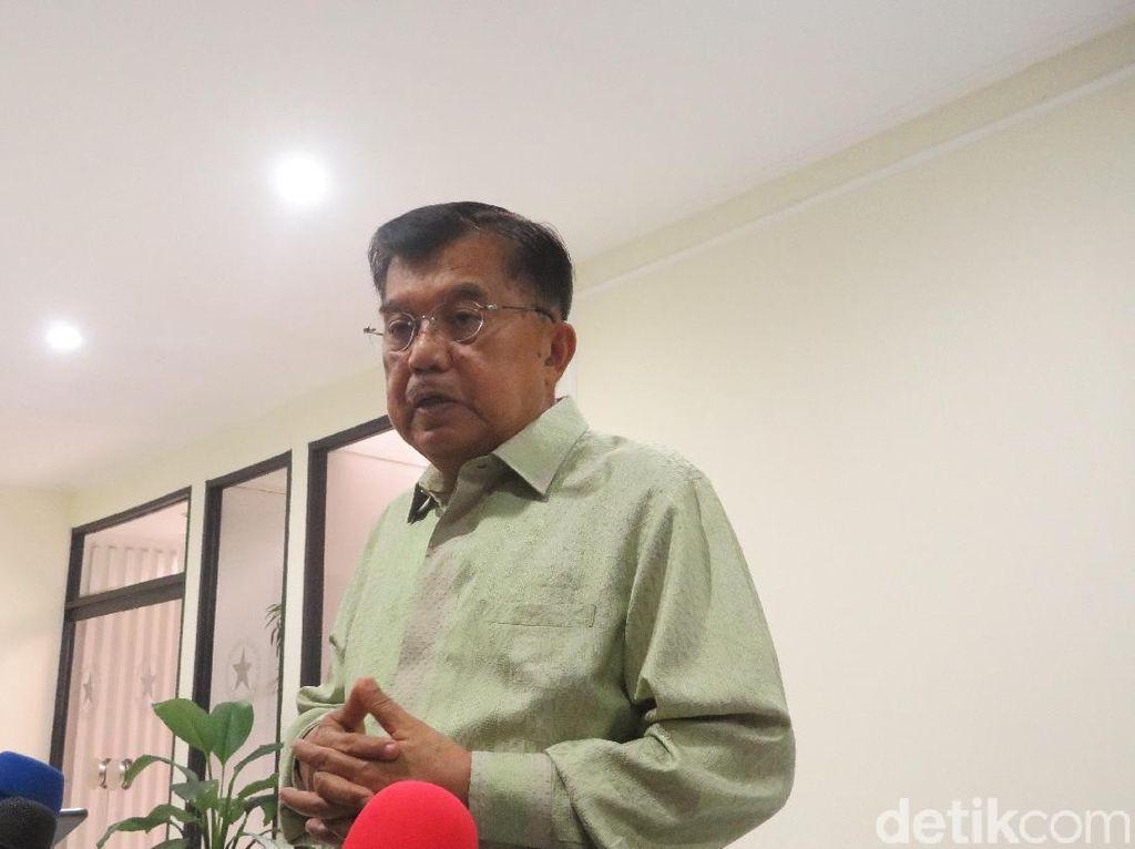 JK Minta Elite Belajar dari Pelukan Jokowi-Prabowo untuk Pemilu Damai