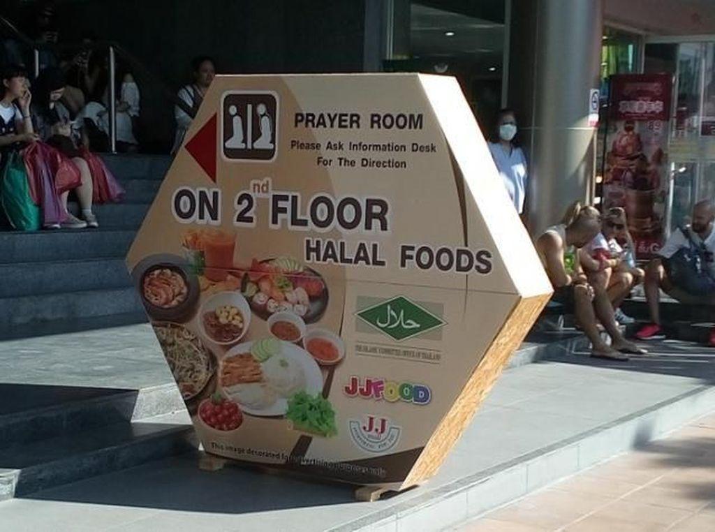 Aneka Kuliner Halal di Chatuchak Market, Bangkok