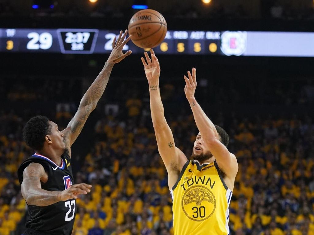 Comeback dan Taklukkan Warriors, Clippers Bikin Sejarah di NBA
