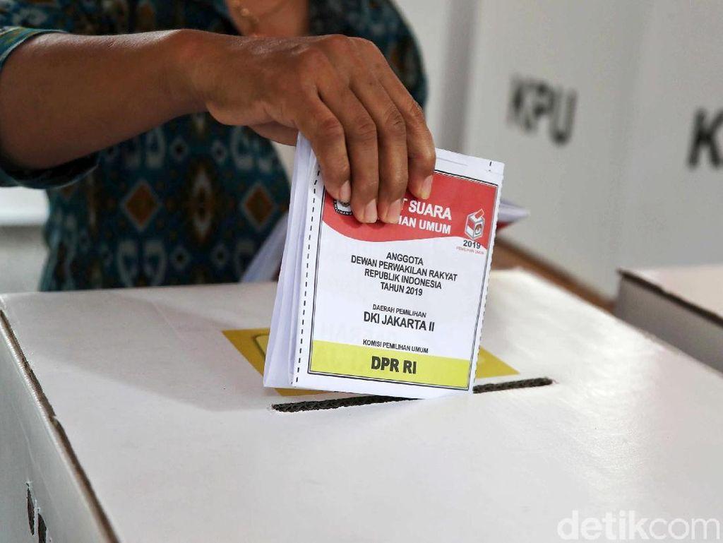 Draf RUU Pemilu: Caleg Harus Lulusan PT, tapi Komisioner KPU Kota Boleh SMA