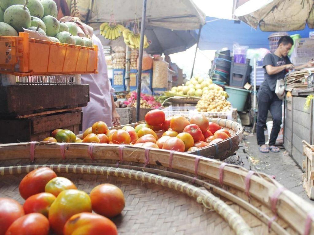 Harga Tomat Melonjak, Tukang Jus Biasanya Beli 5 Kg Kini 2 Kg